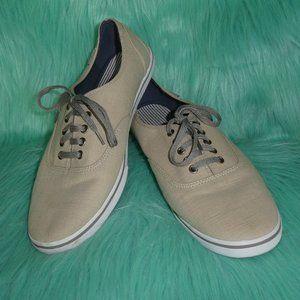 L. L. Bean Canvas Sneaker